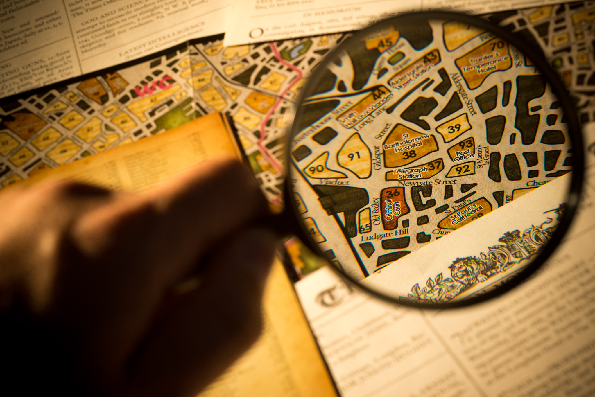 Getting a closer look with a magnifying glass in Sherlock Holmes Consulting Detective tabletop game